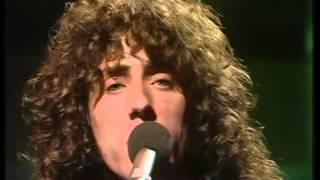 Roger daltrey - Giving it all away live HD