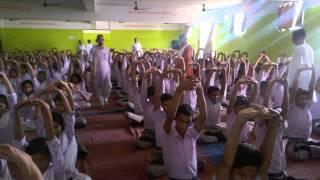 दया प्रकाश सरस्वती विद्या मंदिर गया में योग एवं स्वास्थ्य विषय पर आयोजित कार्यशाला।