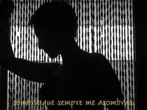 Eres La Luz En Ingles de El Blog De La Fena Letra y Video