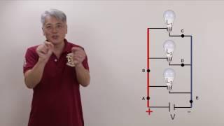Associação Resistores em Paralelo - lâmpadas e corrente elétrica - eletricidade correção Enem física