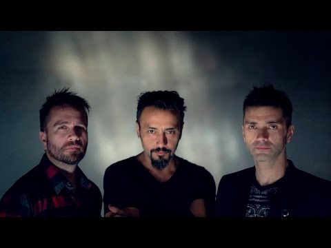 lucybell-salte-a-tus-ojos-video-oficial-lucybell-oficial