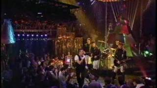 RELAX - FRANKIE GOES TO HOLLYWOOD - RARE TOTP PERFORMANCE FROM CHRISTMAS 1984