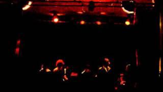 "The Liminanas ""down underground"" - Live Barabul Perpignan 02/04/2011.AVI"
