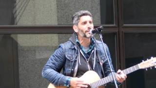 Daniel Wade performs Snake Rattle  at Chicago Fall Festival under the Picasso