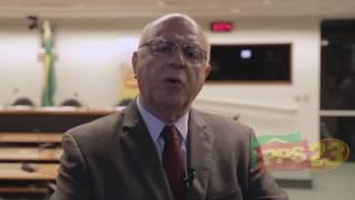 Economia sai da ficção com Temer, diz Arnaldo Jardim