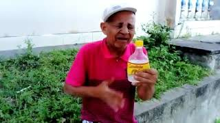 Homem canta e chora pela cachaça