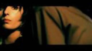 Sarah featuring Vann - Breathing Room [synchronized version]