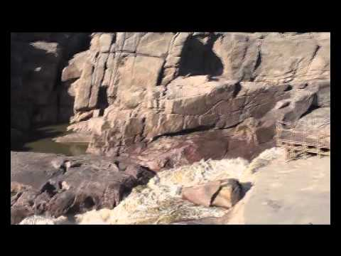 A visit to Augrabies Falls in the Orange river (South Africa)