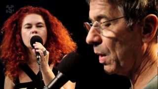 """Palavra Canta em """"Tchibum da cabeça ao bumbum"""" no Estúdio Showlivre 2012"""
