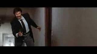 Impacto Súbito (Mentecato salva a Clint)