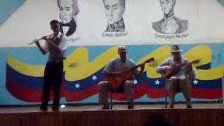 """Presentación musical (Flauta, Cuatro y Guitarra) E.T.R. """"Gregorio Mac Gregor"""" - 44 Aniversario"""