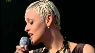 "Mariza with Jools Holland ""Fly Me To The Moon"""