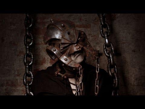asp-die-kreatur-mit-der-stahlernen-maske-plakat-mix-maskenhaft-ein-versinken-in-elf-bildern-officialtalesofasp