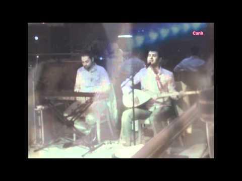 KENAN COŞKUN - Öyle Küskün Bakma Yar (HD) 09.12.2011 Cafe Biz Bize Canlı