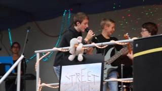 Street Kids - The Bomb