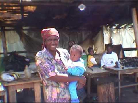 bezoek aan een houtsnijmarktje te Zuid-Afrika