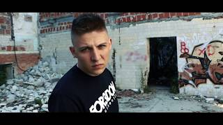 NIE JEDEN Z WIELU - IRON // Skrecze: DJ Lopez // Prod. FeRu // OFFICIAL VIDEO.