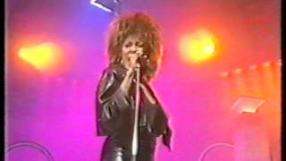 "Tina Turner - Better be good to me on ""late late breakfast show"" 1984"