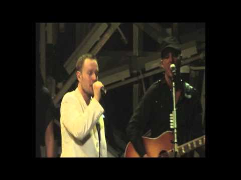 darren-hayes-the-great-big-disconnect-the-time-machine-tour-live-dvd-clip-darren-hayes