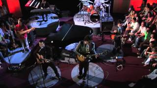 Los Claxons - Pastel | En Vivo Desde El Cielo (2007)