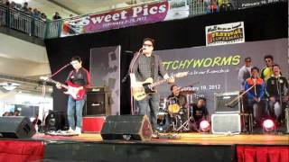 Itchyworms - Penge Naman Ako Nyan @Festival Mall