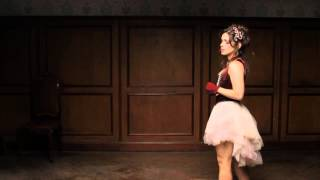 Chris Dortas - Em Meio A Tudo (video clipe oficial)