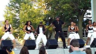 "MC Hammer LIVE! ""Pumps & A Bump"" (Indiana State Fair 8.20.09)"