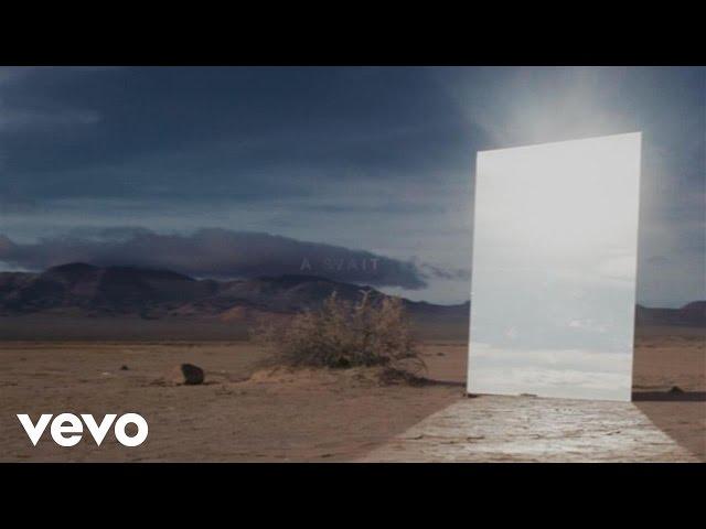 Videoclip oficial de 'Stay', de Alessia Cara y Zedd.