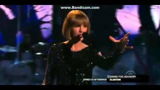 Taylor Swift Performing  Out of the Woods  At The Grammy s Awards 2016