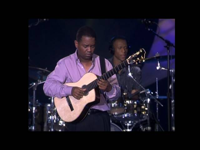 Vídeo de la canción Whispers And Promises de Earl Klugh
