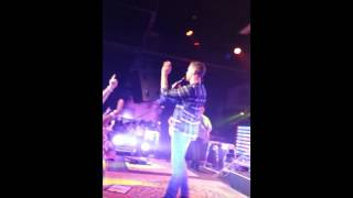 Scotty McCreery- Feelin It Live Performance (Springfield IL)