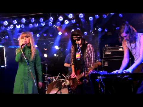the-asteroids-galaxy-tour-around-the-bend-live-on-fearless-music-hd-fearlessmusicshow