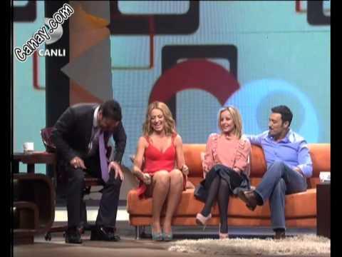Hadise İnanılmaz Frikikler - Bacak & Gögüs Süper & Beyaz Show