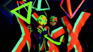 Deichkind ft. Nina - Bon Voyage (TW Remix)