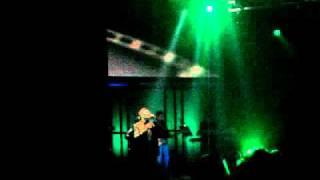 Nikos Makropoulos - Dodeka Kai Ena (Live Pili Aksiou) 10-12-10
