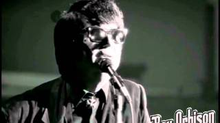 """Roy Orbison - """"It's Over"""" from Black and White Night"""