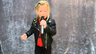 Melisa Csoma - Papusa rock