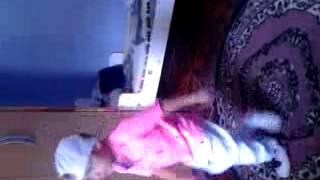 Menino de 3 anos dançando funk(2)