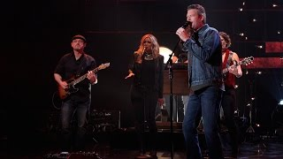 Blake Shelton Performs 'Came Here to Forget'