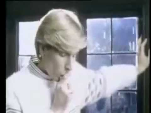 Stand Or Fall de The Fixx Letra y Video