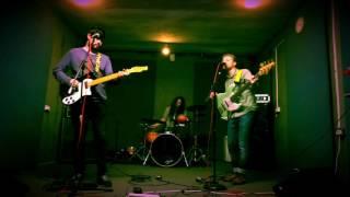 Barricade The Door - Morning Hair (Live Recording)