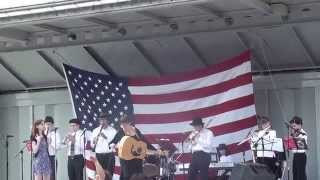 Chusn-Kallah played by Maxwell Street Junior Orchestra Intro at the Skokie Festi