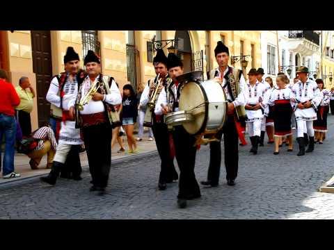 Фестиваль вуличних оркестрів у Чернівцях