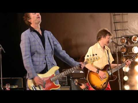 the-replacements-cant-hardly-wait-forest-hills-stadium-9-19-14-brock-everline