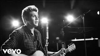 Niall Horan - This Town (Live, 1 Mic 1 Take)
