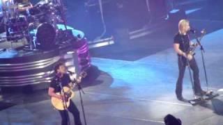 Nickelback - Savin' Me Live in Toronto