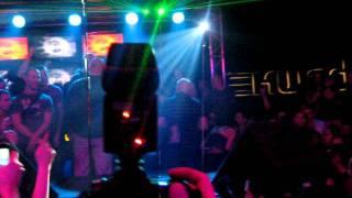 Emma Hewitt - Live @ Ekwador Manieczki 11.02.2012 - Wejście