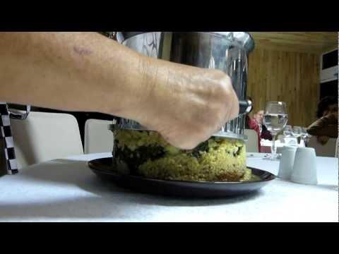 Maklube - Geleneksel Ortadoğu yemeği Ruth Oliver ve Eyüp Kemal Sevinç tarafından sunuldu