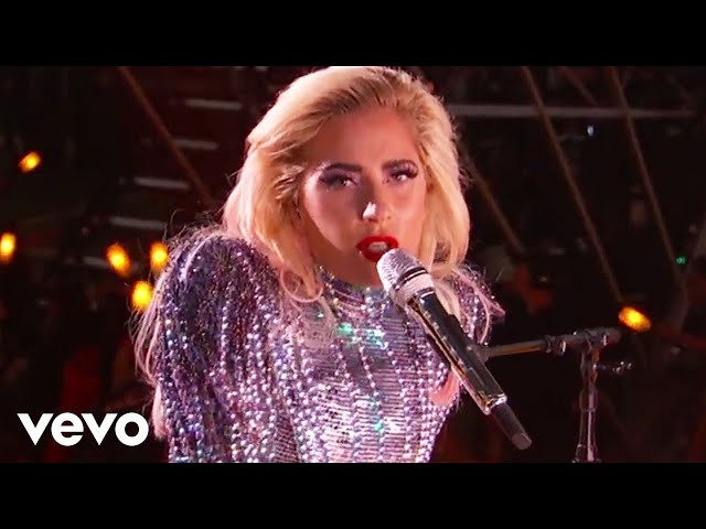 Video de Lady Gaga cantanto Million Reasons en concierto en la Super Bowl