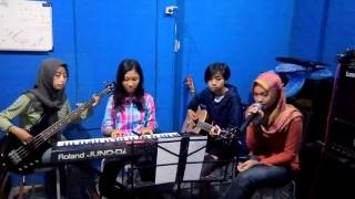 Asal kau bahagia-Armada(cover by StReAmLiNe band)